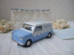 画像1: 【イギリス】Lledo ミニカー ミニバン Something Blue-W