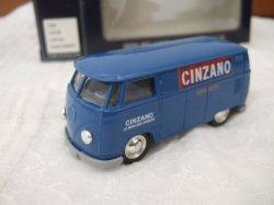 画像1: 【イギリス】Vanguards ミニカー VWバン CINZANO